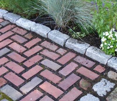 cobblestone walkway edging